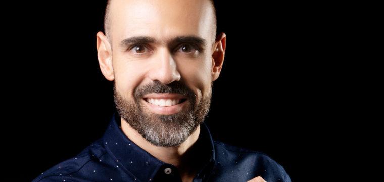 Leonardo Oliveira estreia na Revista Leia