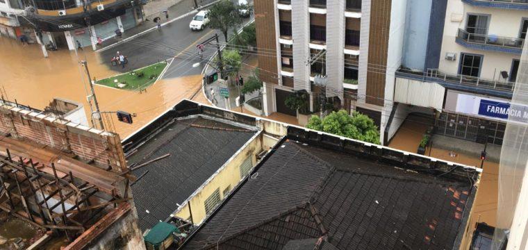 Chuvas: Cachoeiro tem pontes interditadas