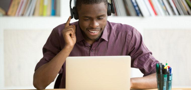Startup lança plataforma on-line gratuita de ensino complementar