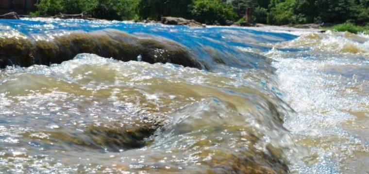 Corte de água de consumidores inadimplentes é suspenso por 30 dias