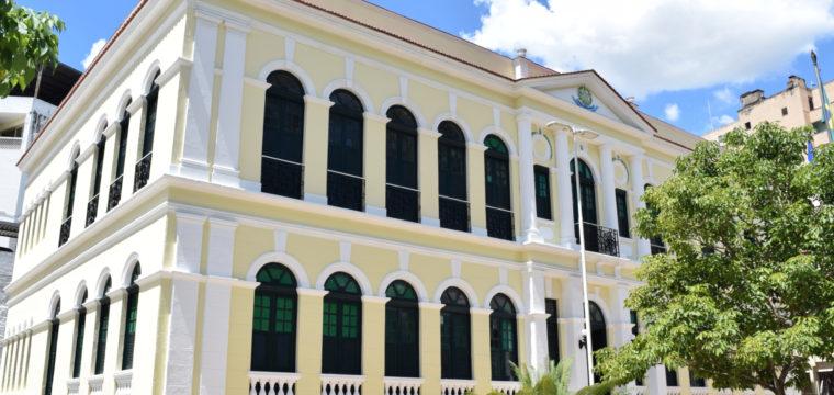 Prefeitura decreta luto oficial por vítimas da Covid-19 em Cachoeiro