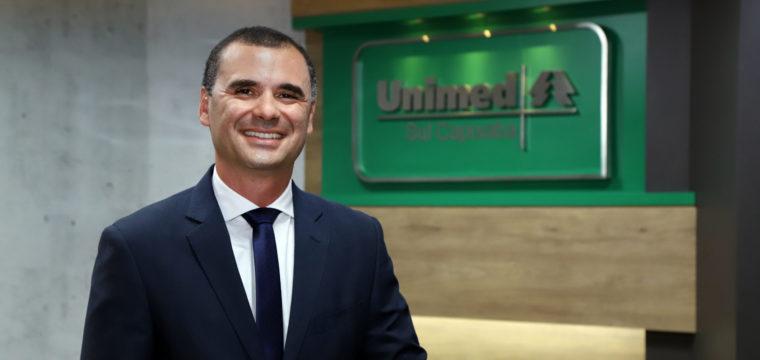 Diretor-presidente da Unimed Sul Capixaba  participa de live que destaca negócios de saúde