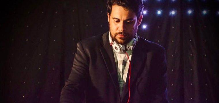 DJ Douglas Corsini vai fazer live beneficente na sexta-feira (3)