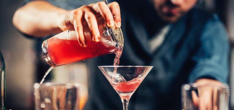 Confira 26 dicas para fazer drinques em casa e arrasar