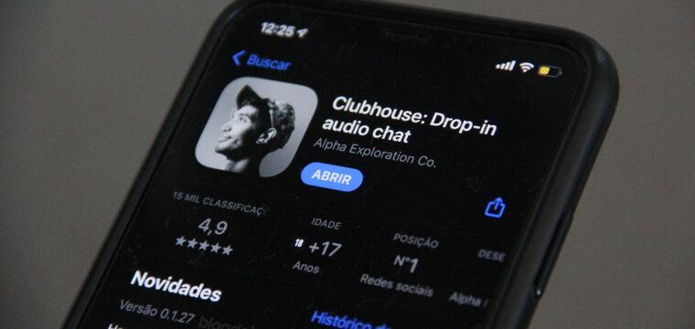 De olho no sucesso do Clubhouse, Facebook estaria trabalhando em um produto semelhante, dizem fontes