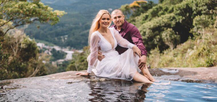 Os noivos Dayane Fiorido e Luciano Fernandes