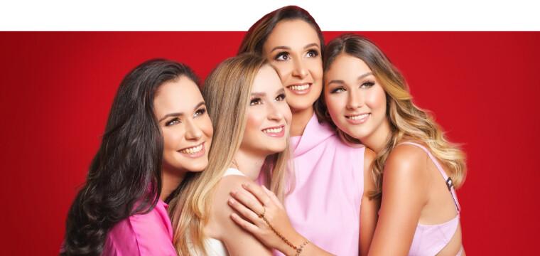 Patricia Rangel com as filhas Renata, Roberta e Raissa