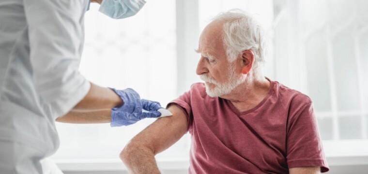 Novo agendamento telefônico de vacina para pessoas de 60 a 79 anos