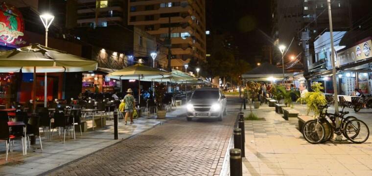 A noite em Vitória (Bares e Restaurantes)