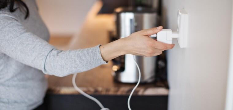 Como prevenir problemas com a fiação elétrica de casa